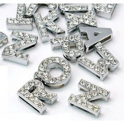 Lettres strass 8 mm pour collier personnalisable !